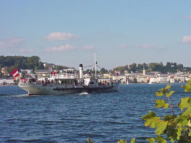 Paddle-Steamer 'Gisela' - Gmunden in Background