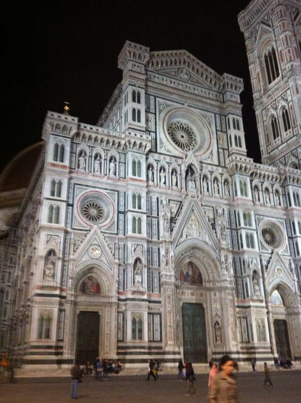 Cathedral Santa Maria del Fiore to 50 mt. from the apartment