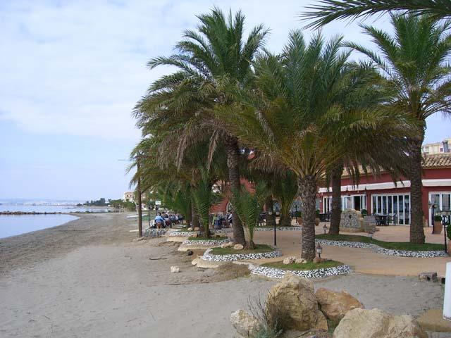Pietr van Driel Restaurant on the beach next to Las Gondolas