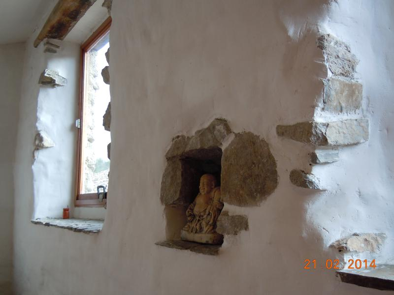 Stone, wood, plaster, terra cotta and sunshine - the Mediterranean way of life