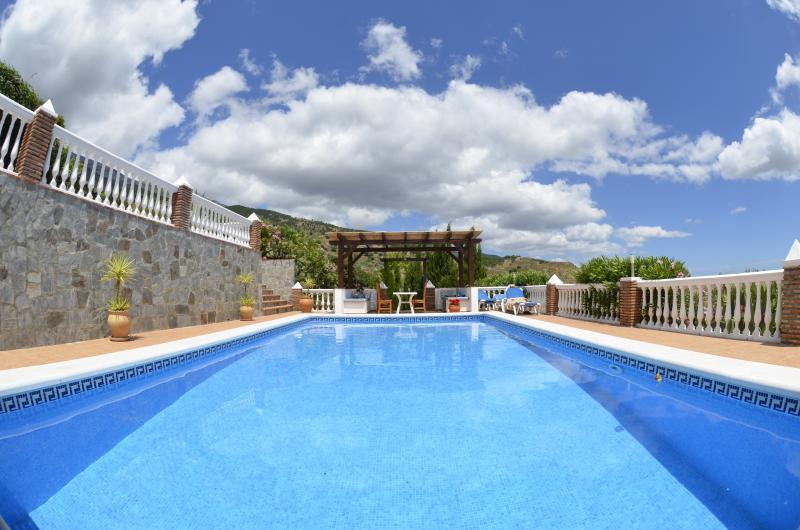 Casa de los Robles, alquiler vacacional en Canillas de Aceituno