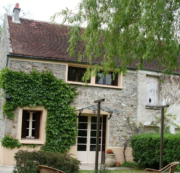 Charmant Gite Paris & Disney, holiday rental in Chailly-en-Brie