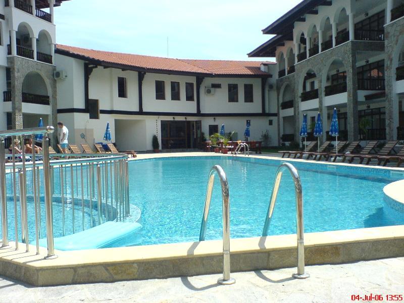 La piscine (1)