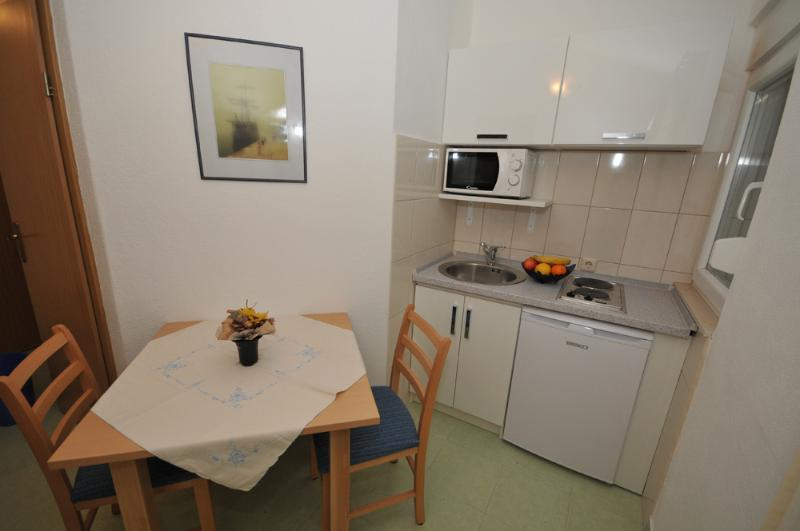 Apartment Neve, A2, vacation rental in Marina