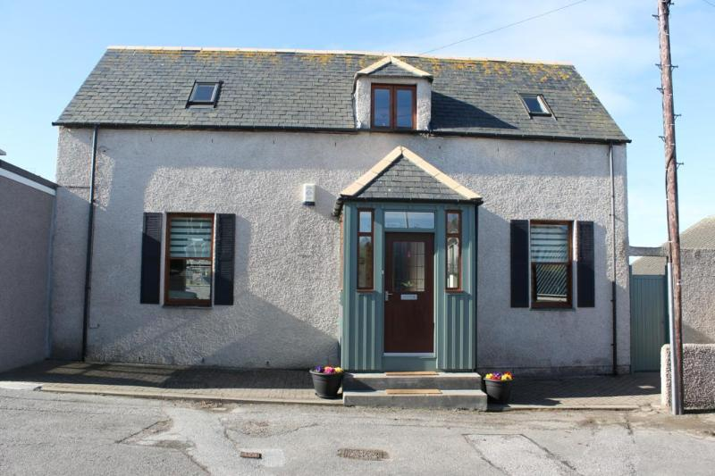 Camrose Holiday Cottage street view