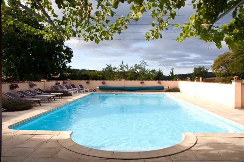 South Facing Outdoor Heated Swimming Pool