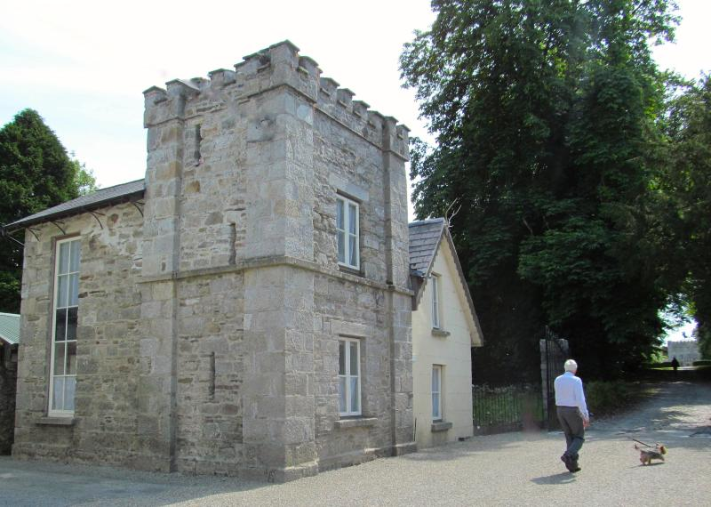 Gate Lodge, Huntington Castle, casa vacanza a Coolafancy