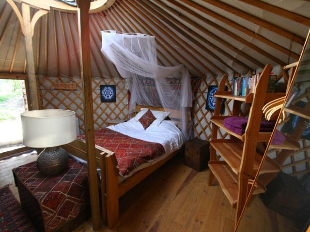 Portugal Yurt Retret, holiday rental in Sobreira Formosa