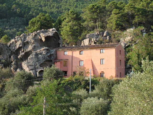 Le Grotte, location de vacances à La Gabella