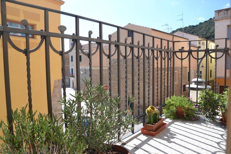 Casa Sarda, holiday rental in Monti
