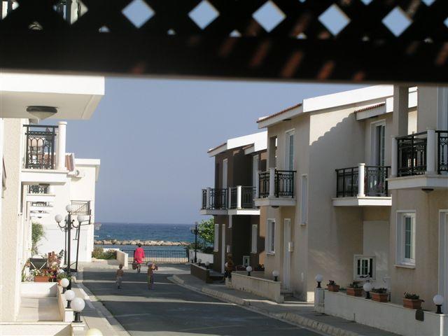 3 Bdrm Beach Villa Side Sea View Oroklini Larnaca, vacation rental in Dhekelia