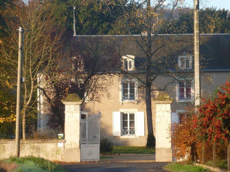 Le Pireau - Papier de soie, aluguéis de temporada em Naintre