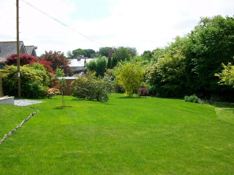 The garden at Bedford Cottage