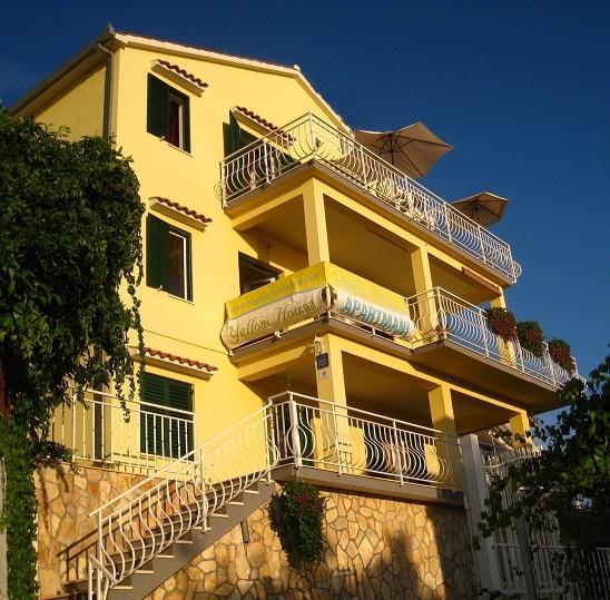 Trogir geel huis