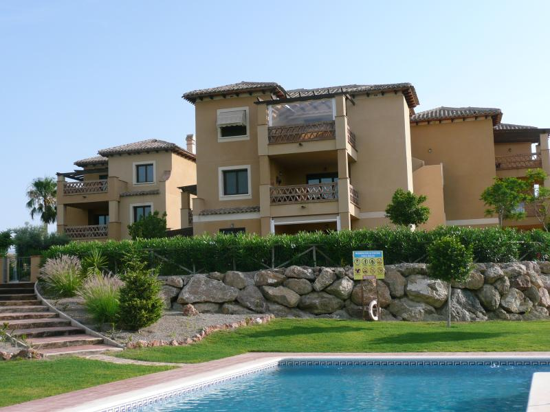 Holiday Apartment Valle Del Este Golf Resort. 2 Bed 2 Bathroom Aircon & Wifi., location de vacances à Vera