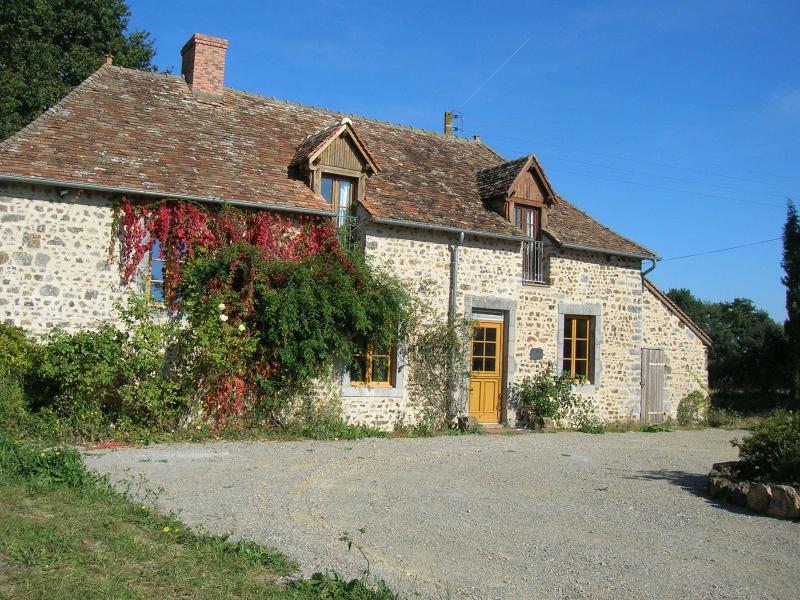 Les Ecoubleres, vacation rental in Champgenéteux