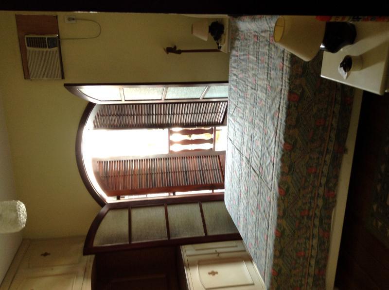 master bedroom 1 (with bathroom suite)