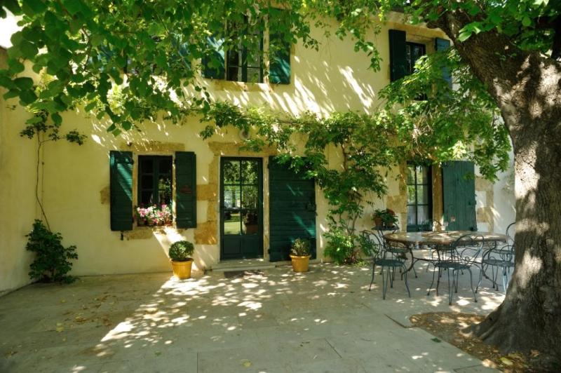 MAS DES MACHOTTES, holiday rental in St Chamas