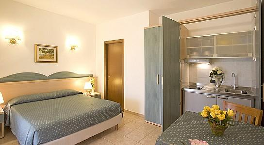 Casotto di Venezia Villa Sleeps 2 with Pool and Air Con - 5228893, holiday rental in Principina Terra