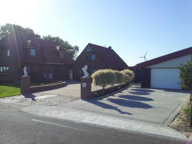 Landhaus Deichblick FeWo Ebbe, vacation rental in Neuendorf-Sachsenbande