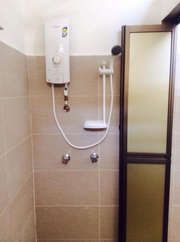 Homie delights Bathroom with water heater