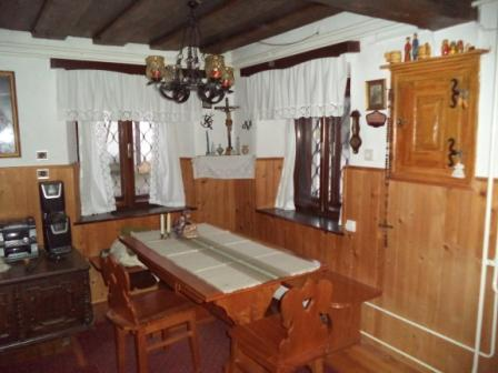 NEW EXCLUSIVE: Old farmhouse, holiday rental in Bodental