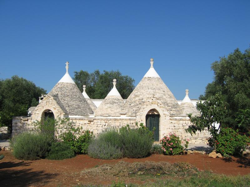 TRULLO ROSETTE, holiday rental in San Vito dei Normanni
