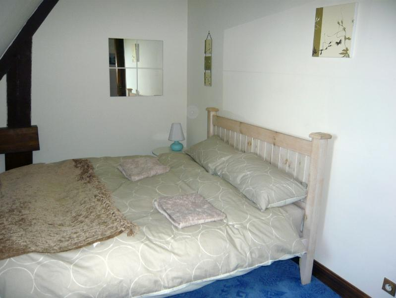 Pine Bedroom with double bed