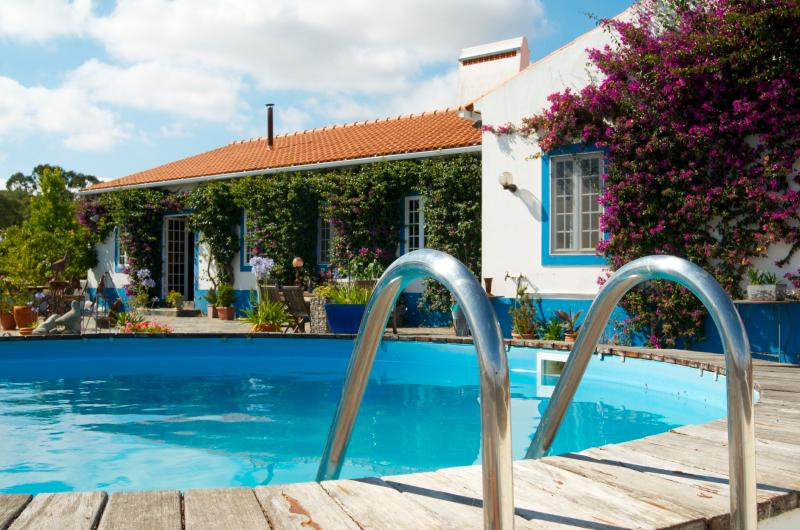 The main villa where you always help can ask, here is also your swimming pool nearby, where you can swim