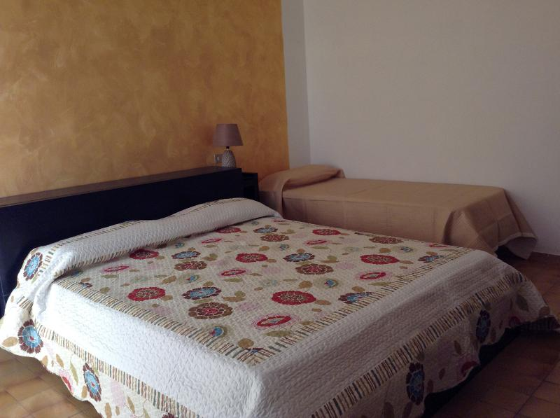 B&B 'FONTE GRIMA' Camera Oro, vacation rental in Piandimeleto
