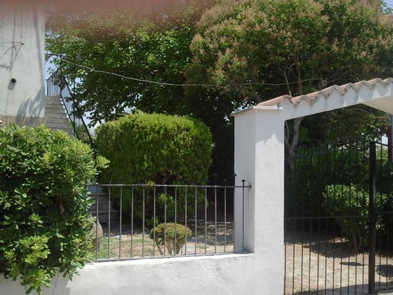 Casa con giardino, alquiler vacacional en Faiano