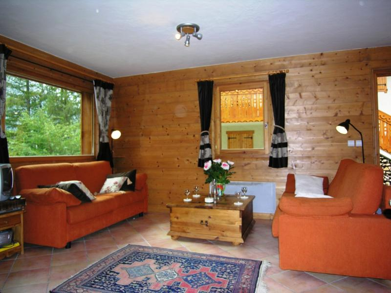 Chalet Copsey des Etoiles ~ Lounge Area perfect for relaxing in.
