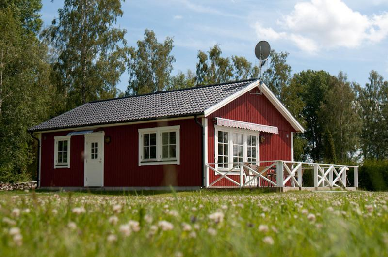 Lyckan 2, vacation rental in Tvetaryd