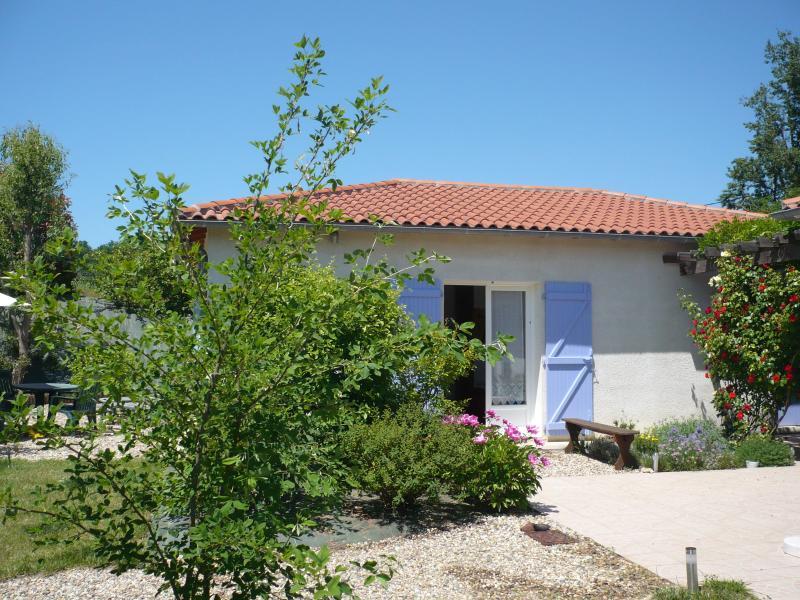 Gite la Bleuette, vacation rental in Vianne
