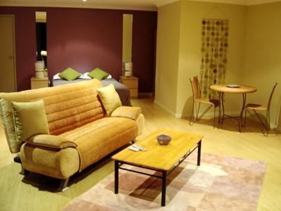 Front Unit lounge area 60m2 ground level - Apartment 1