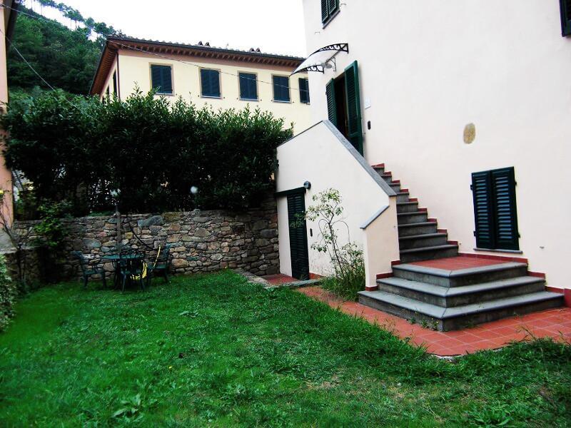 Villa Elena, casa vacanza a Vorno