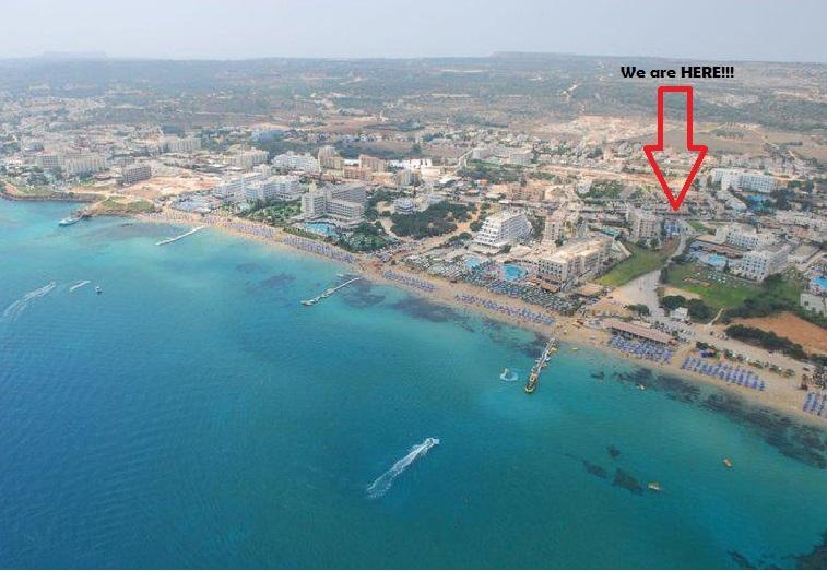 Panoramic view to see that we are in the HEART of PROTARAS,2 minutes from the amazing Sunrise beach!