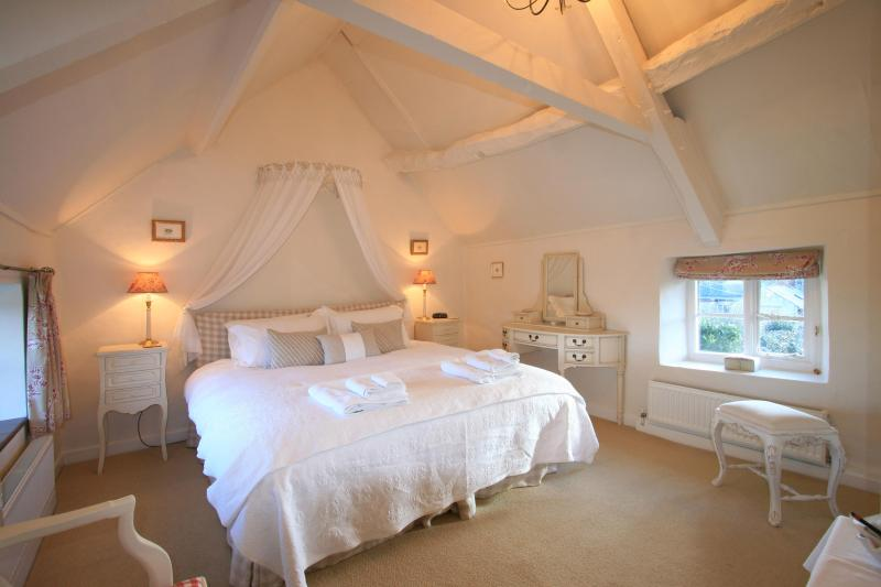 Michaelmas Cottage Main double bedroom