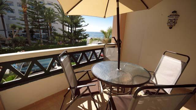 2 Bed Apartment 1 Minute From Torrecilla Beach, holiday rental in Nerja