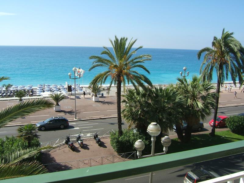 Vista desde el balcón podrá disfrutar del sol