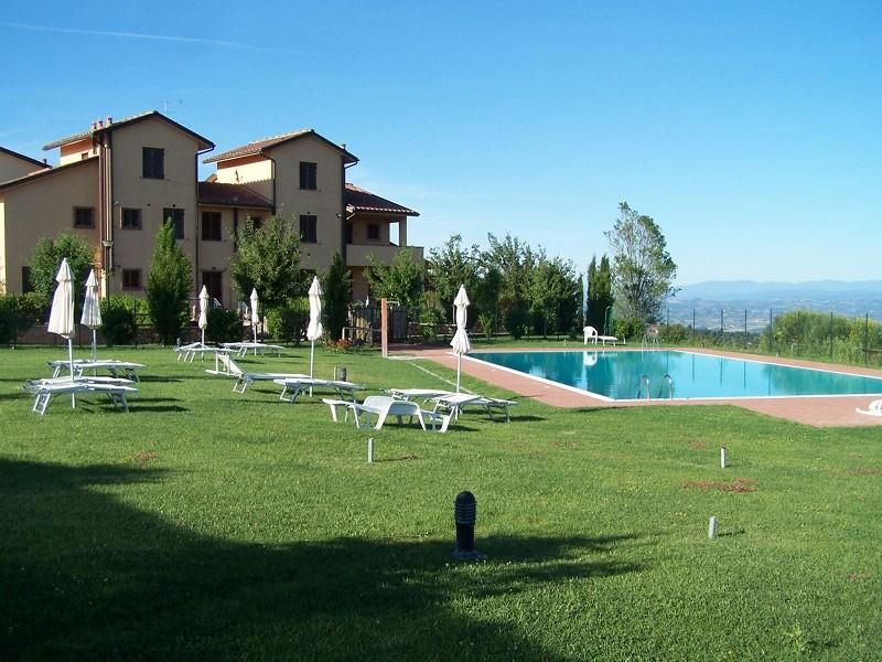 Residence 'BORGO ALTO', holiday rental in Gambassi Terme