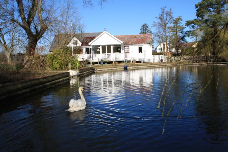 Noosa Sound, Horning on the Norfolk Broads, vacation rental in Norwich