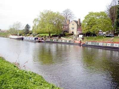 Ποταμό Avon 2 μίλια κάτω ΣΤΟ ΤΕΛΟΣ ΤΗΣ LANE