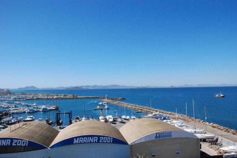 Port de plaisance et de la Mar Menor vue du balcon