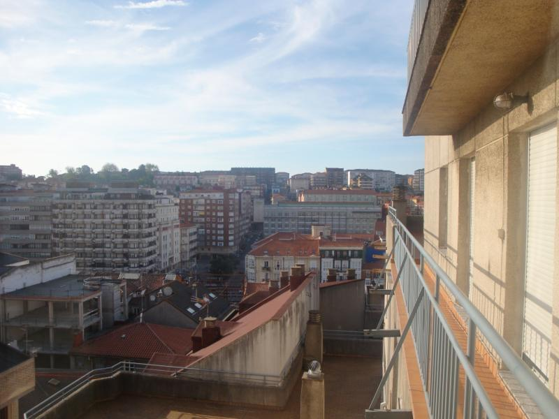 Piso centro Santander,, holiday rental in Camargo