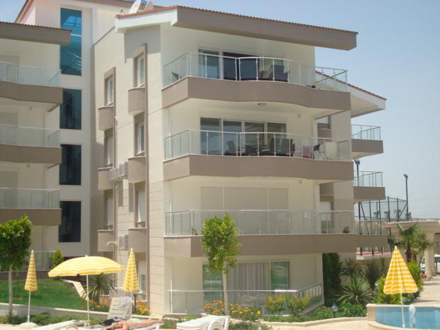Top floor penthouse apartment