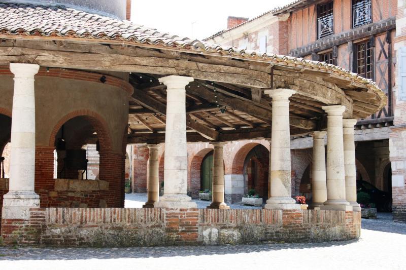 Auvillar - d'une plus beaux villages de France