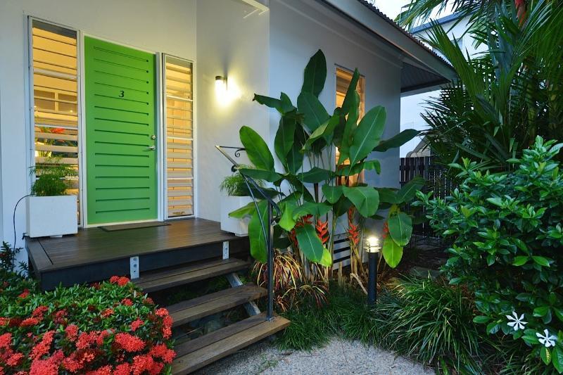 Beach Villa 3 Port Douglas, holiday rental in Port Douglas