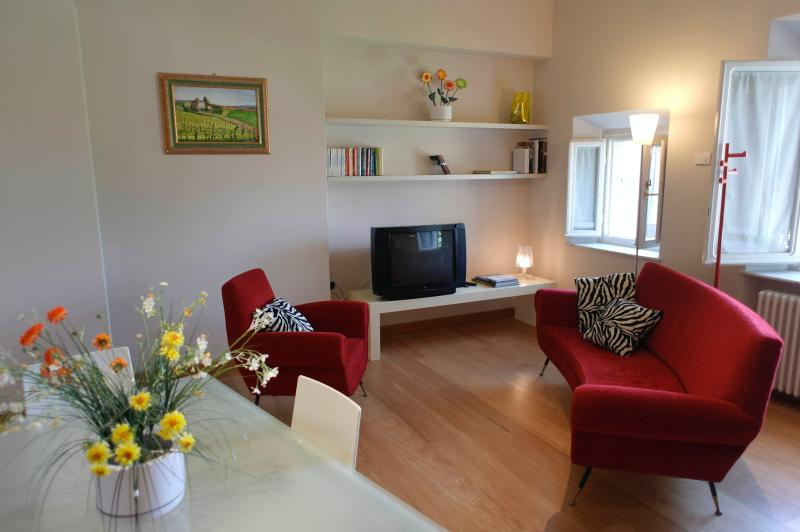 LE PALME - City Center Exclusive Apt. AC&Lift&Wifi, vacation rental in Lucca