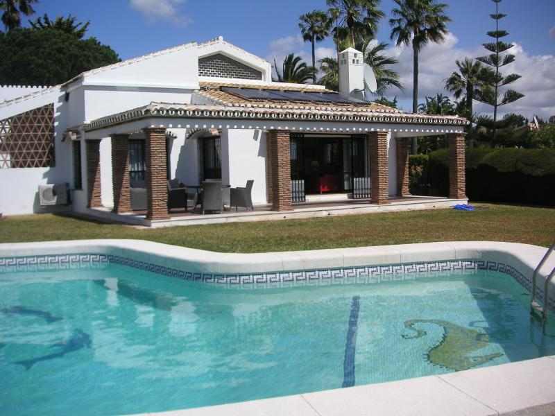 Traditional Spanish Style Villa sleeping 10 with private pool and gardens